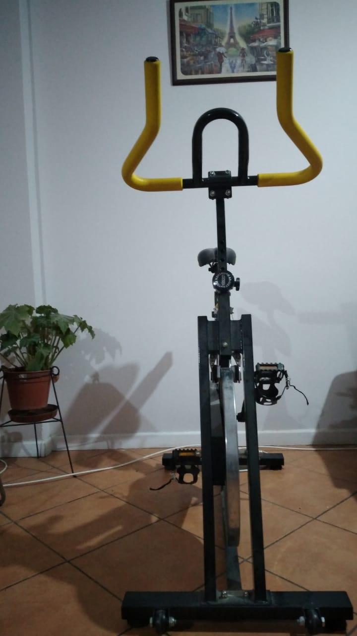 Consejos y beneficios para realizar ejercicio encasa